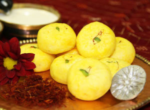 Best Holi Food : Kesar Malai Peda