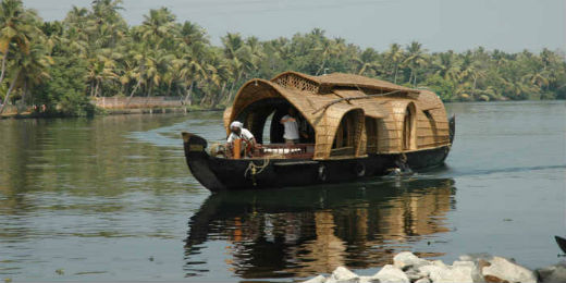 Now enjoy the Kerala type Houseboats in Digha