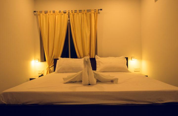 Blue Pearl Room